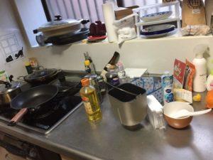 キッチン作業台掃除前