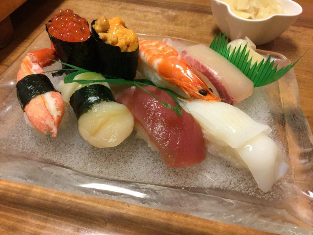 竹寿司のレタス巻き